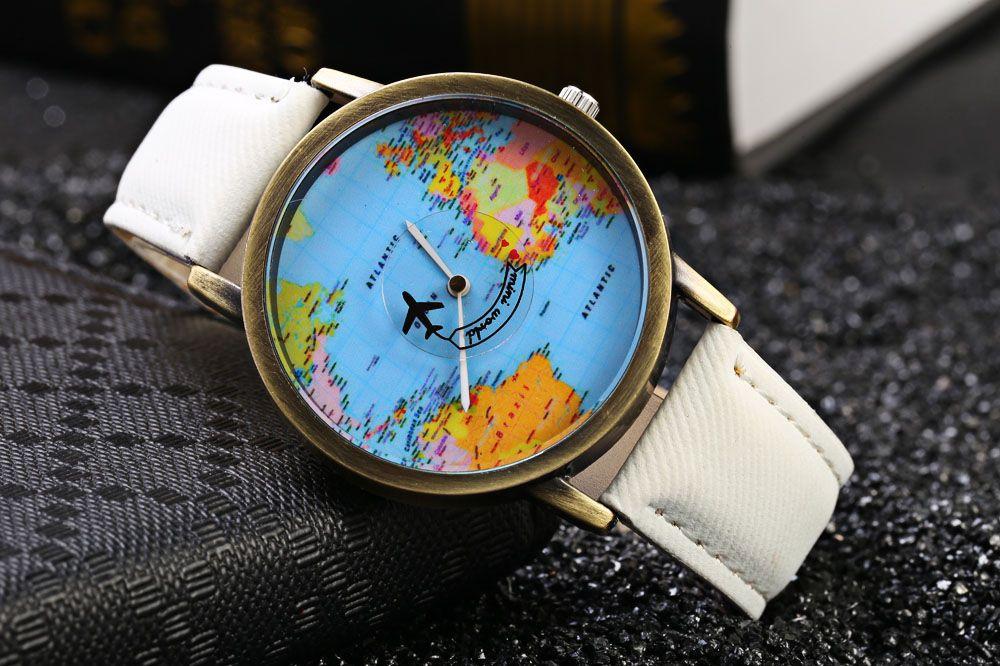 Unisex Watch Quartz Wristwatch World Map Leather Band for Women Men