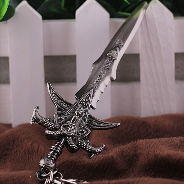 Key Chain Sword Style Hanging Pendant Alloy Keyring Online Video Game Toy for Bag Decoration