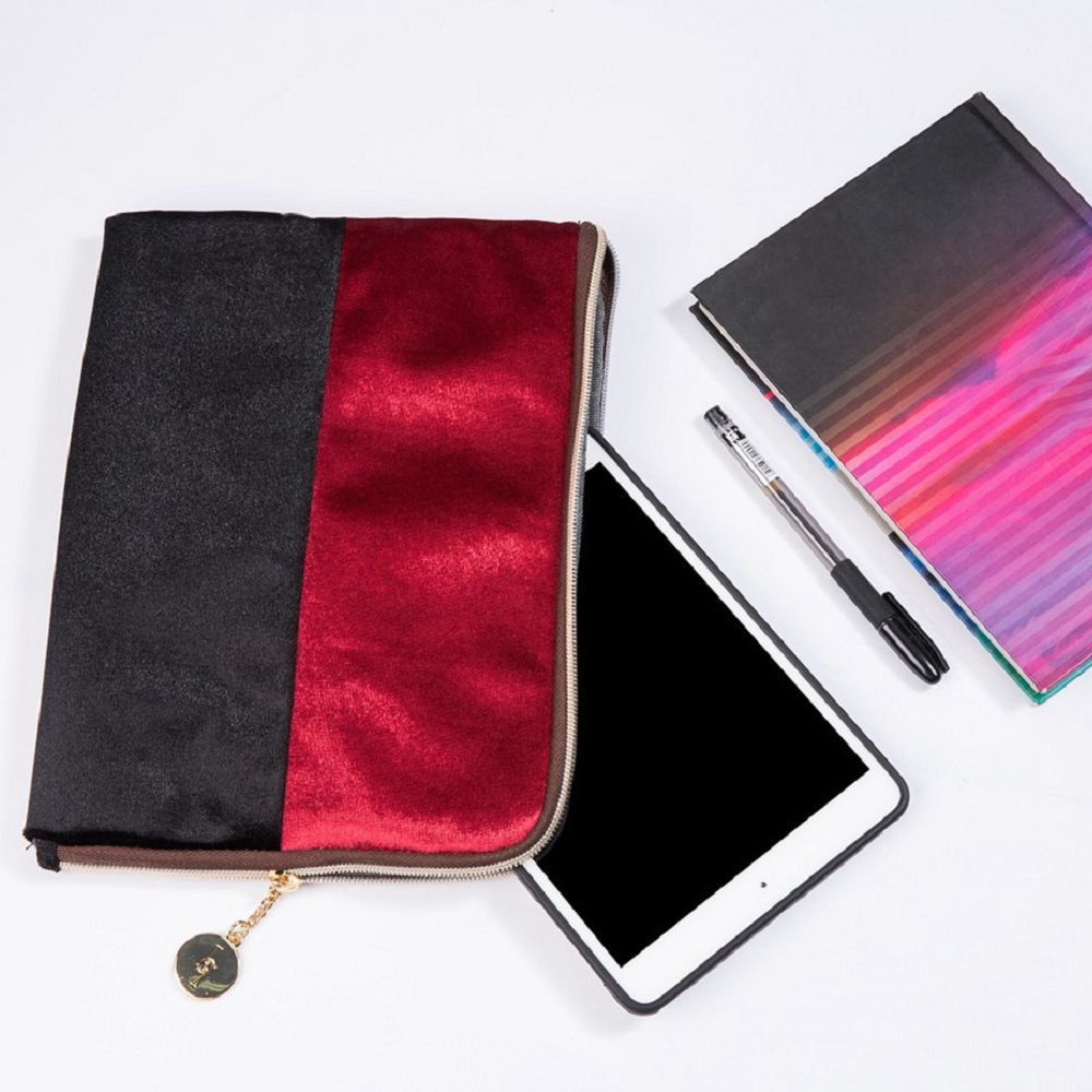 Color Block Velvet Zipper Clutch
