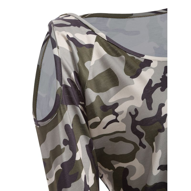 The New Long-Sleeved Camouflage Colored T-Shirt