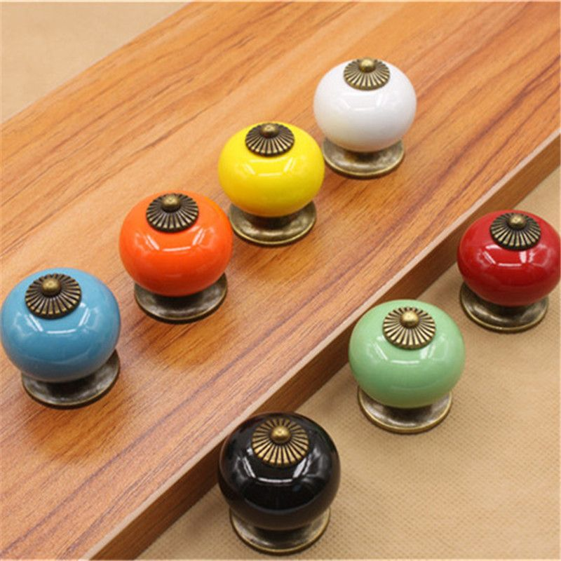 Hot Sale Ceramic Gold Retro Handle Pull Knob Cabinet Door Drawer Locker Vintage