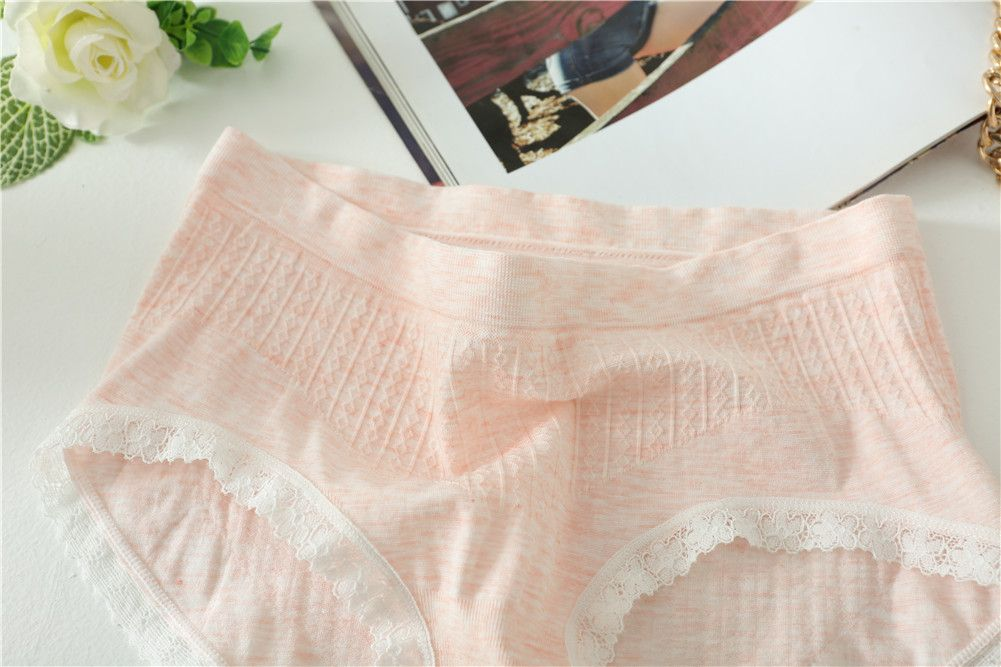 2017 Comfortable Colorful Cotton Women Briefs Fashion Lines Design for Sexy Girls