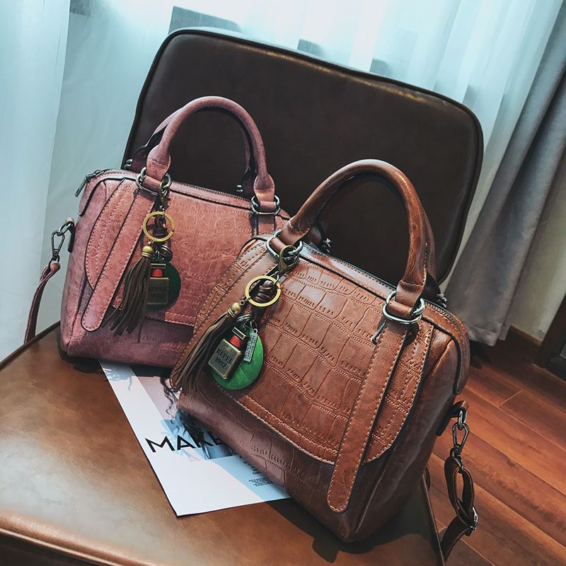 Autumn and Winter New Lady Handbag Fashion Casual Shoulder Messenger Bag