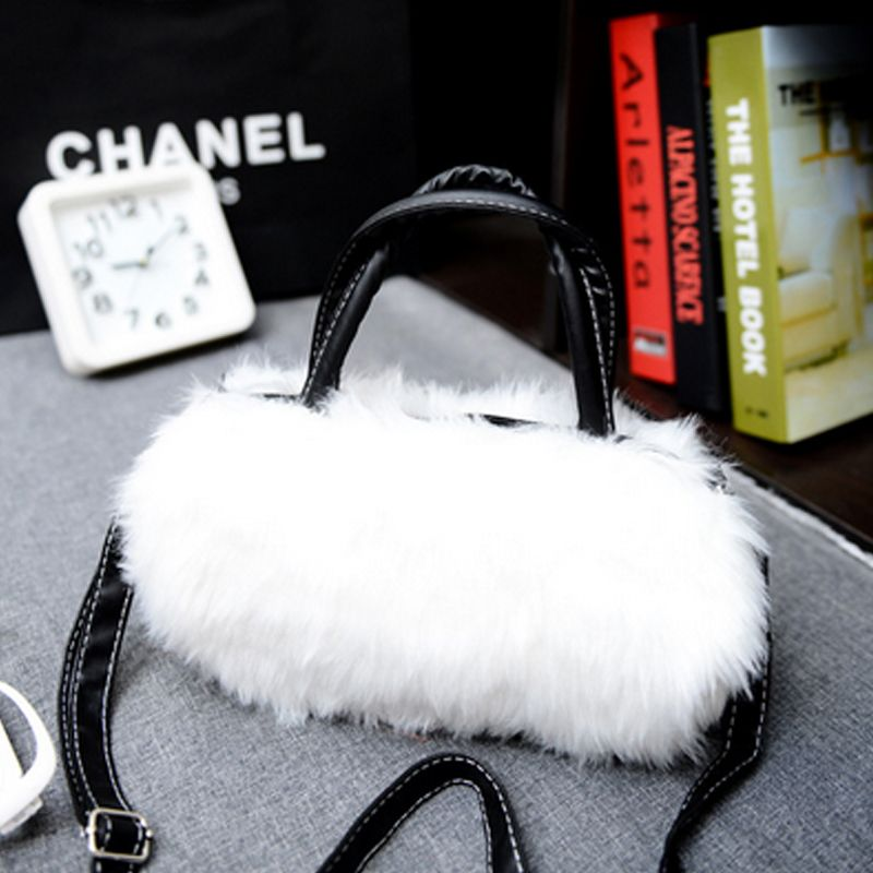 Women's Handbag Exquisite Solid Fluffy Charm Bag