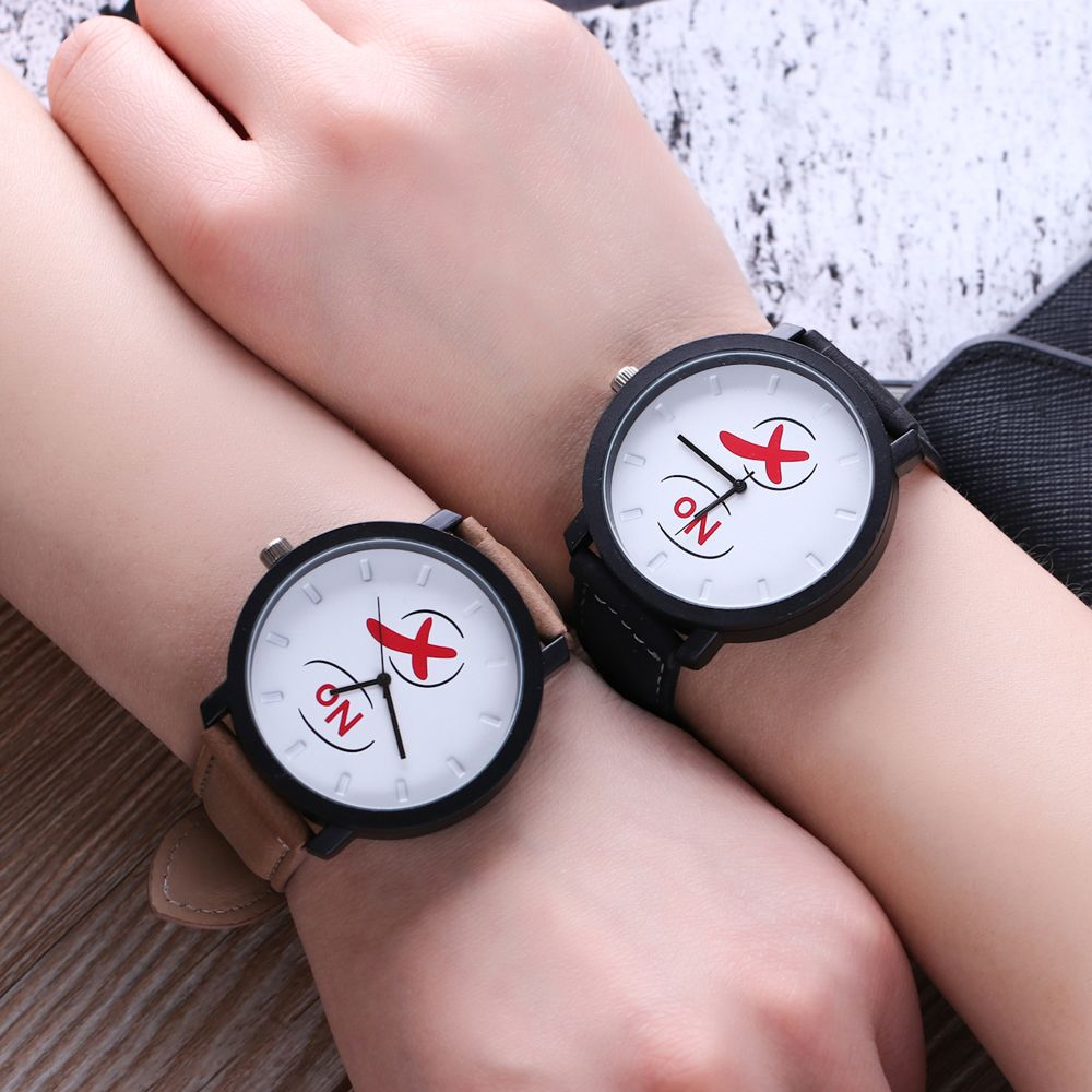 Fashionable Simple Unisex Leather Band Ouartz Wristwatch