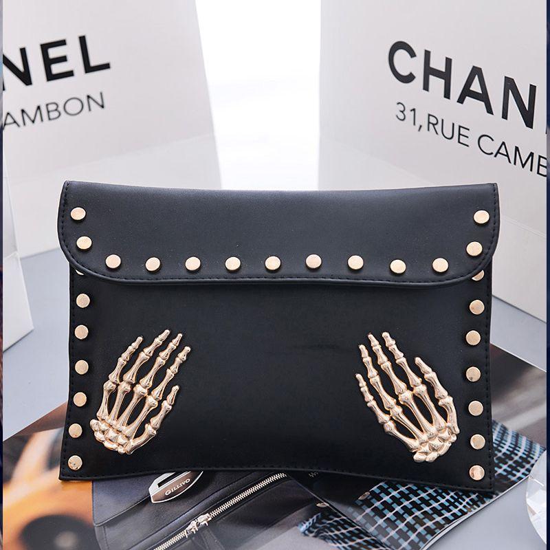 Women's Crossbody Fashion Personality Rivet Chain Bag