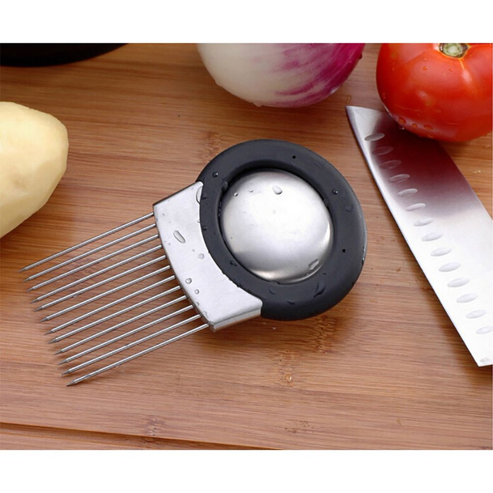 Atongm Stainless Steel Shredded Onion Kixator in Kitchen