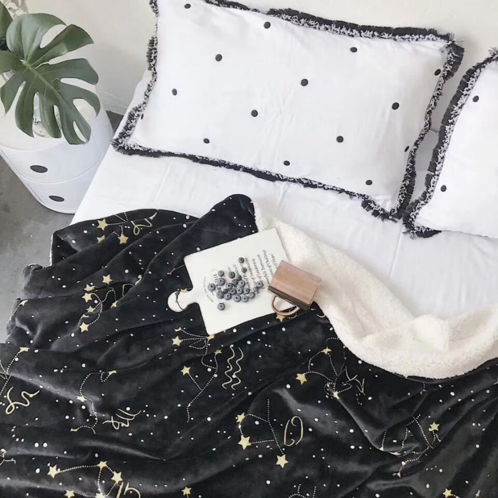 The Constellation Pattern is Super Soft Double Layer Thick Lamb Wool Blanket