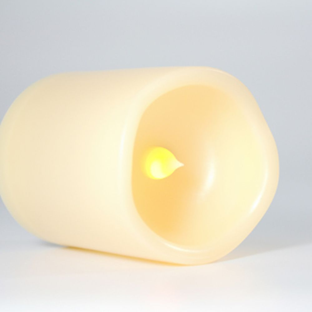 Set of 4pcs LED Candle with One Remote and Timer