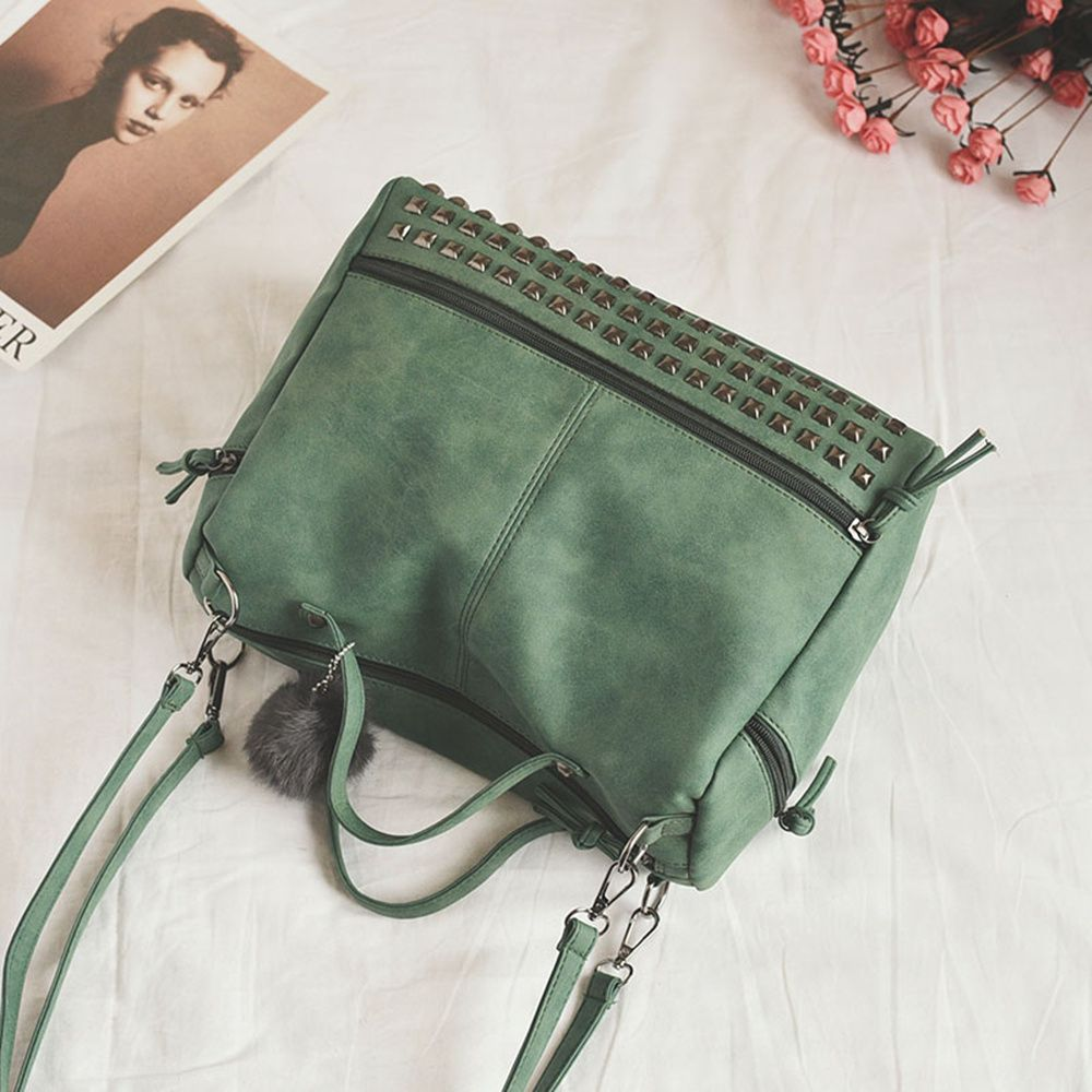 2018 New Hair Ball Ornaments Bag Nubuck Leather Rivet Motorcycle Bag Fashion Portable Bag