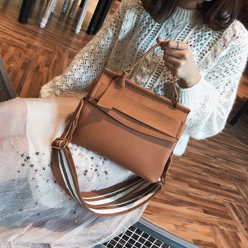 Female Bag 2018 New Tide All-Match Wide Straps Shoulder Bag Handbag Crossbody Handbag Fashion.