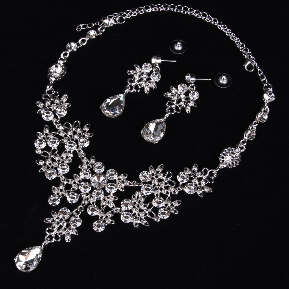 |The bride necklace  The bride of jewelry  Bridal necklace earrings suit  Wedding jewelry  Vintage Wedding Jewelry