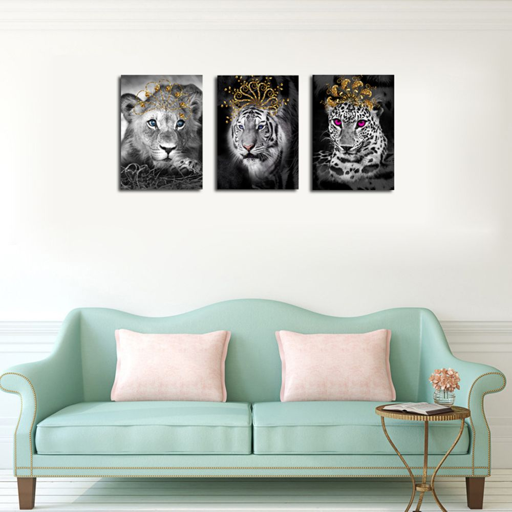 QiaoJiaHuaYuan No Frame Canvas Living Room Bedroom Triplets Wearing the Crown of Animals Decorated Hanging Pictures