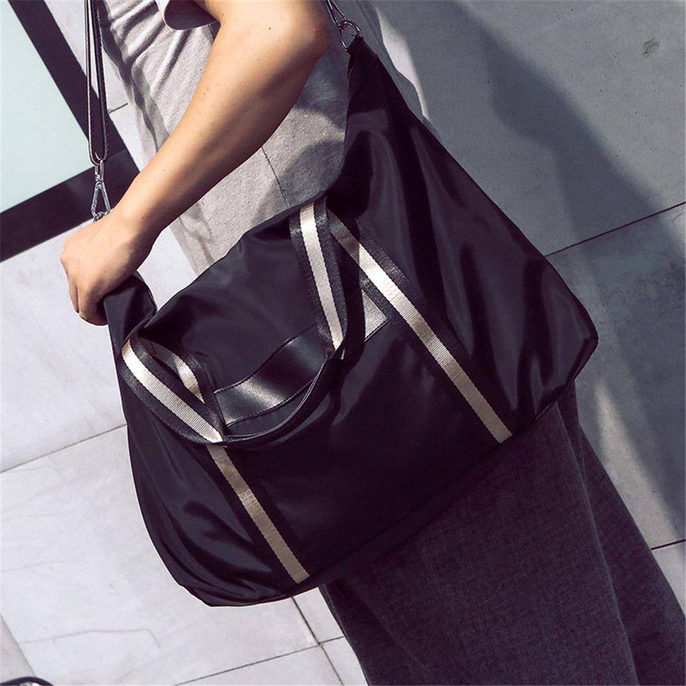 Large Capacity Single Shoulder Exercise Handbag