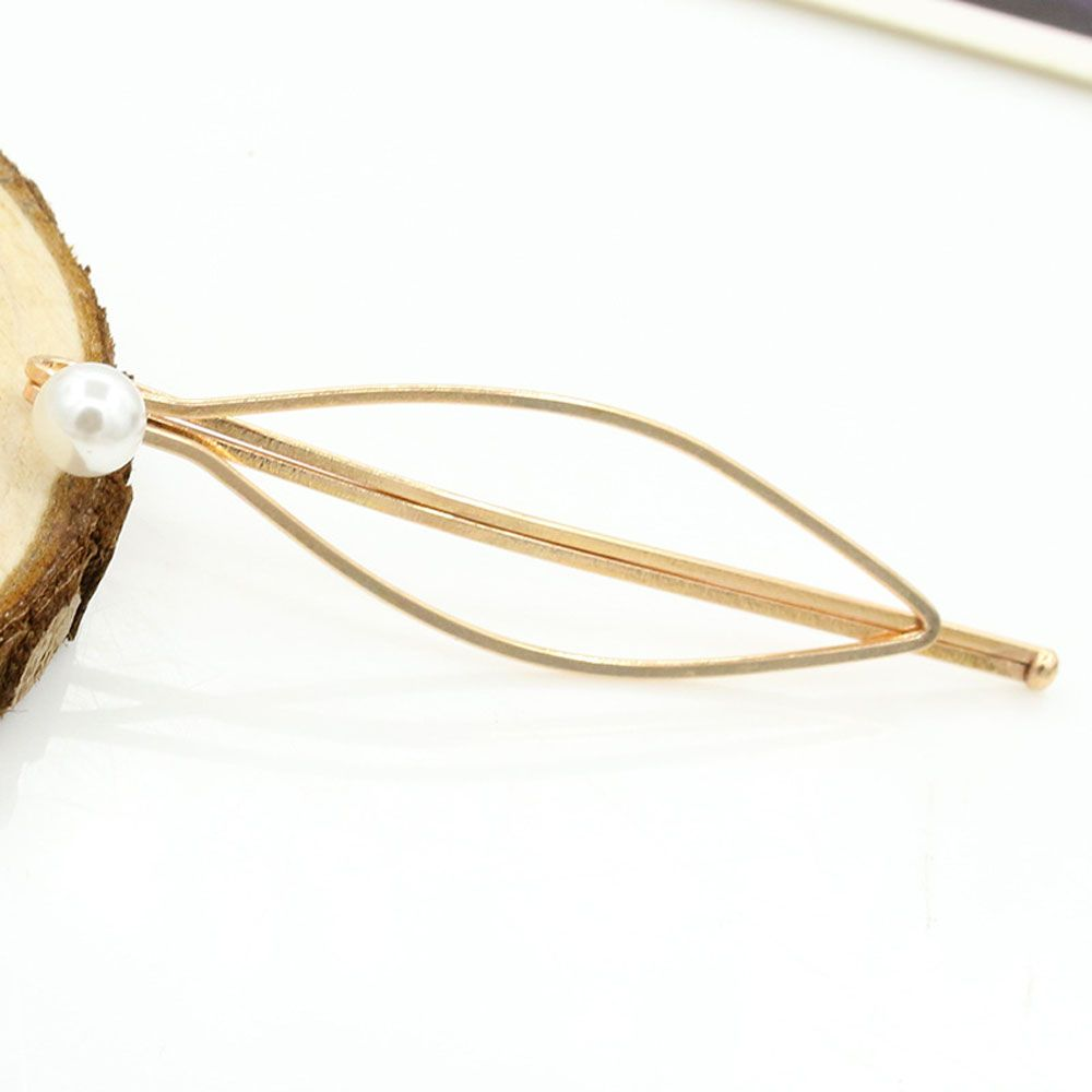 Ladies Fashion Alloy Golden Hairpin