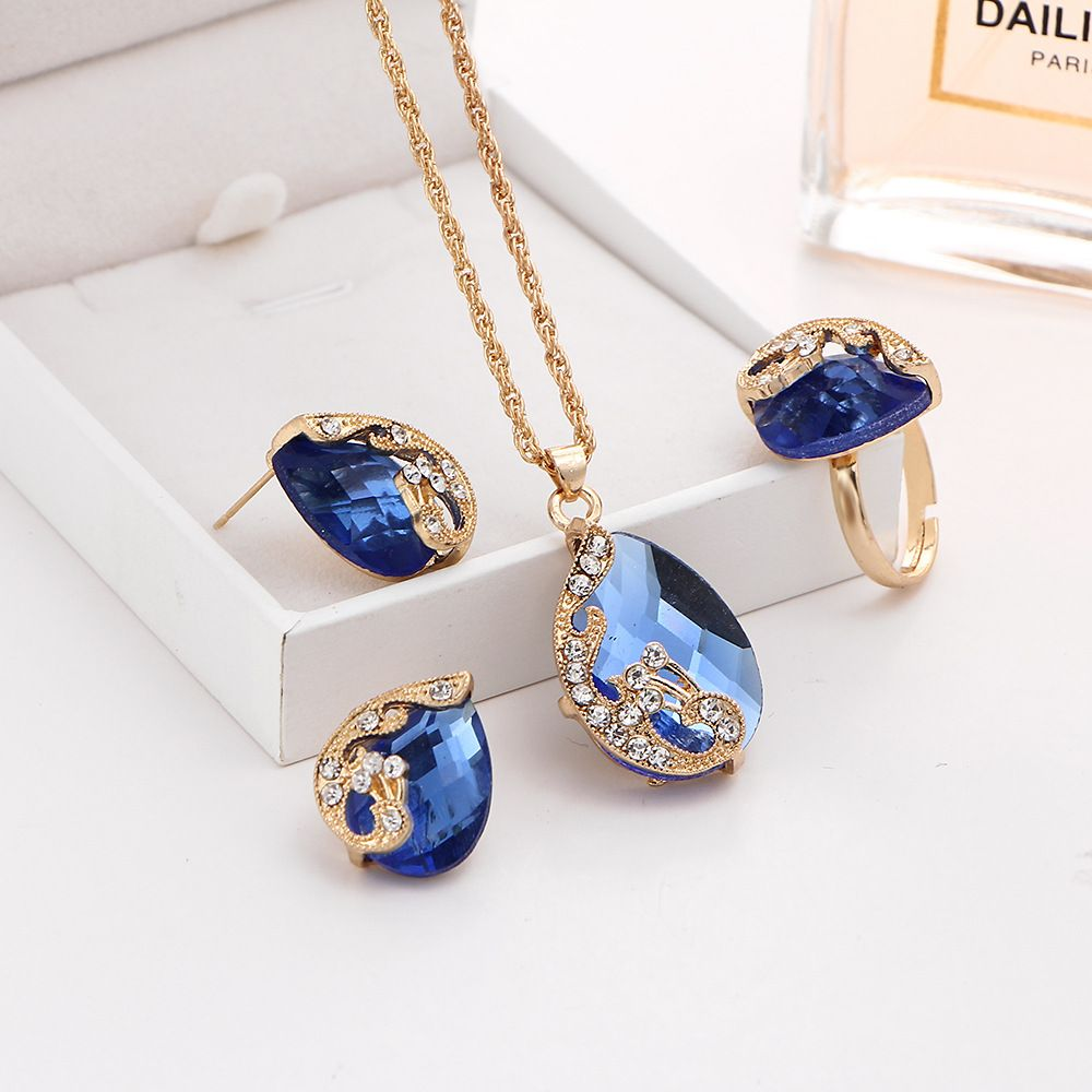 3PCS Crystal Pendant Necklace Earrings Ring Jewelry
