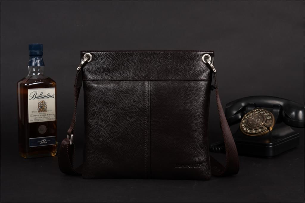 DANJUE Men Messenger Bag Genuine Leather Thin Daily Bag Casual Male Natural Leather Man Business Classic Style Bag