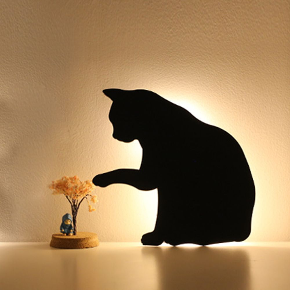 Optically Controlled Sound Control  Lick Hair Cat Night Light Shadow LED Projection Lamp